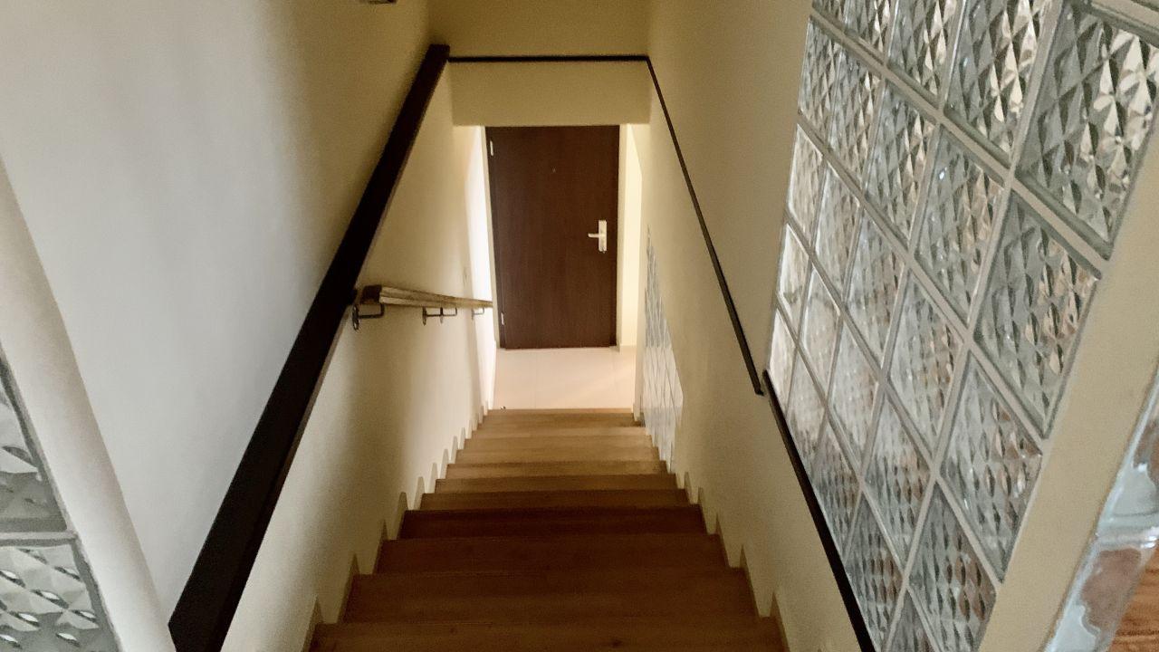 Apartament cu patru camere pe doua nivele | Central | Semidecomandat 12