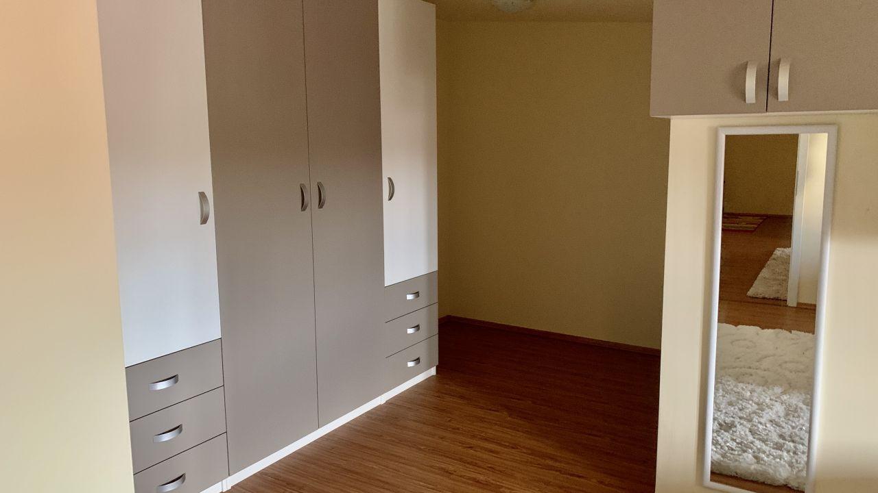 Apartament cu patru camere pe doua nivele | Central | Semidecomandat 13