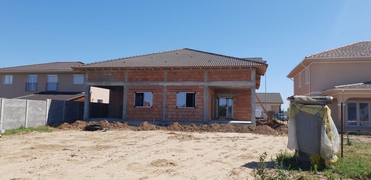 Casa tip duplex 3 camere Mosnita Noua 2