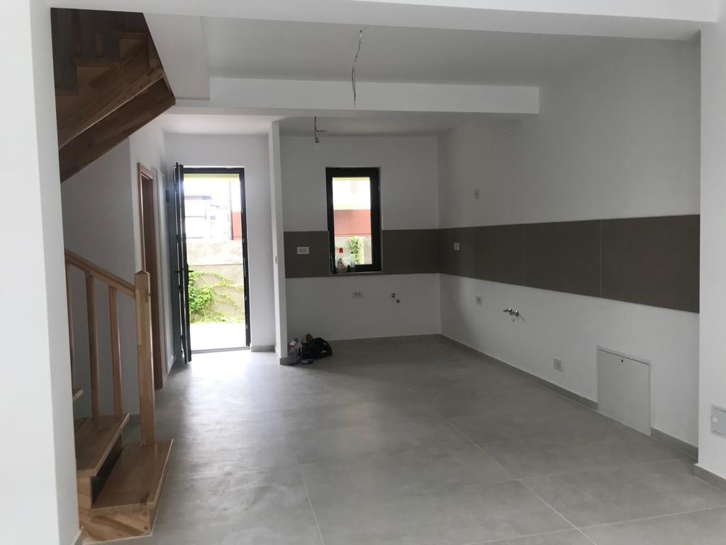 Apartament in stil englezesc 3 camere Giroc 1