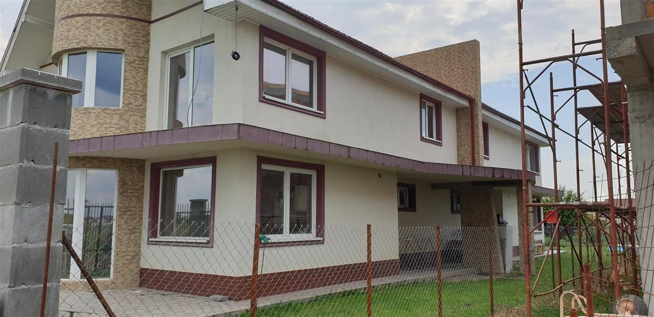 Casa tip duplex 6 camere de vanzare Mosnita Noua - ID V363 3
