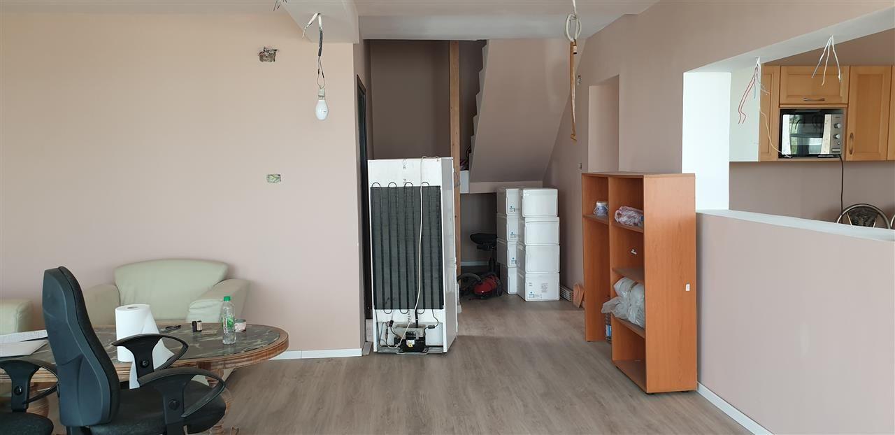 Casa tip duplex 6 camere de vanzare Mosnita Noua - ID V363 9