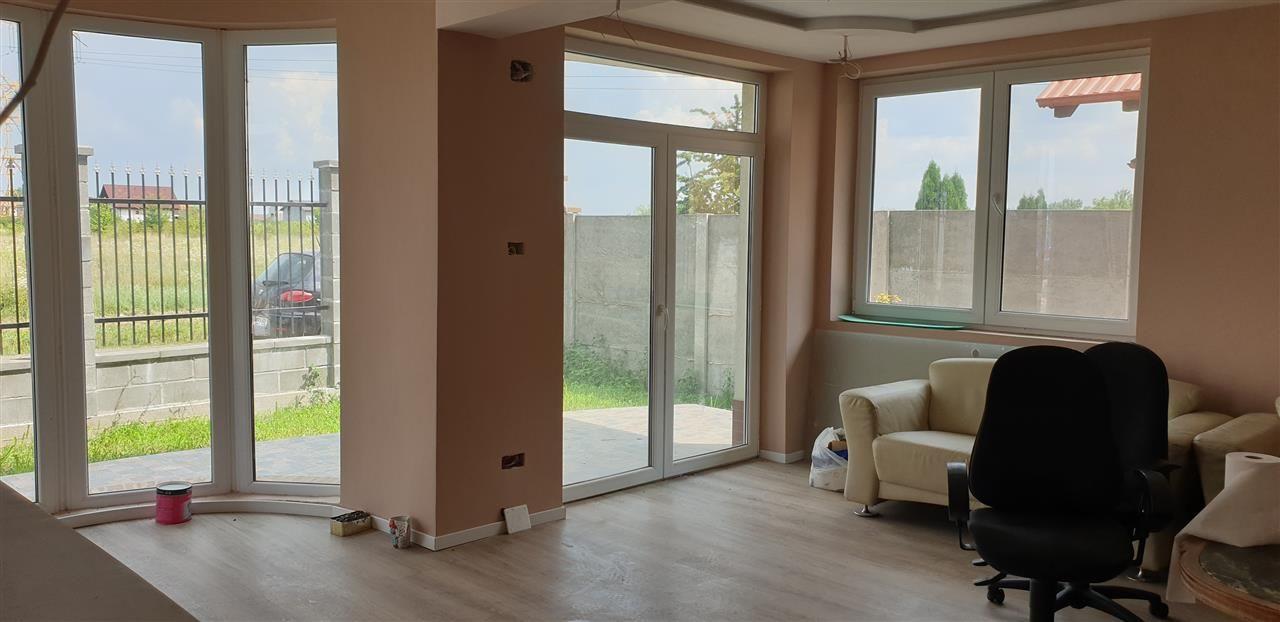 Casa tip duplex 6 camere de vanzare Mosnita Noua - ID V363 10