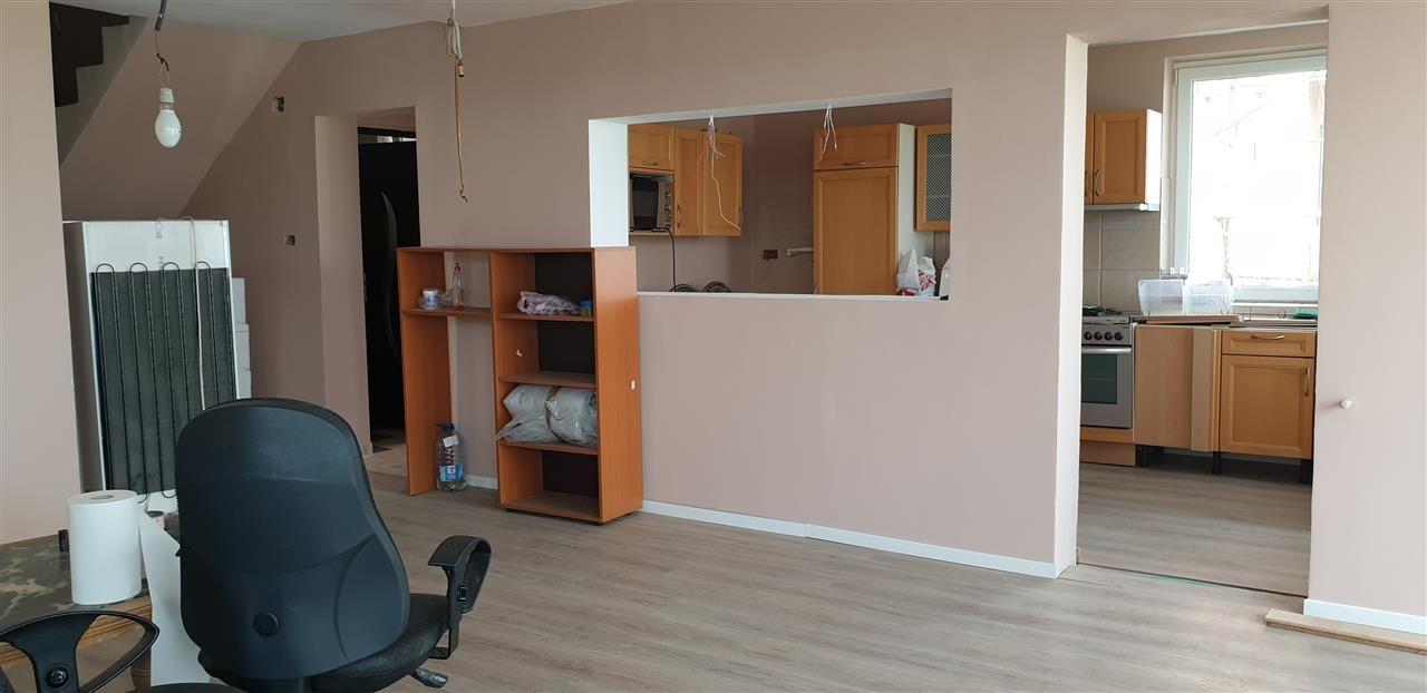 Casa tip duplex 6 camere de vanzare Mosnita Noua - ID V363 11