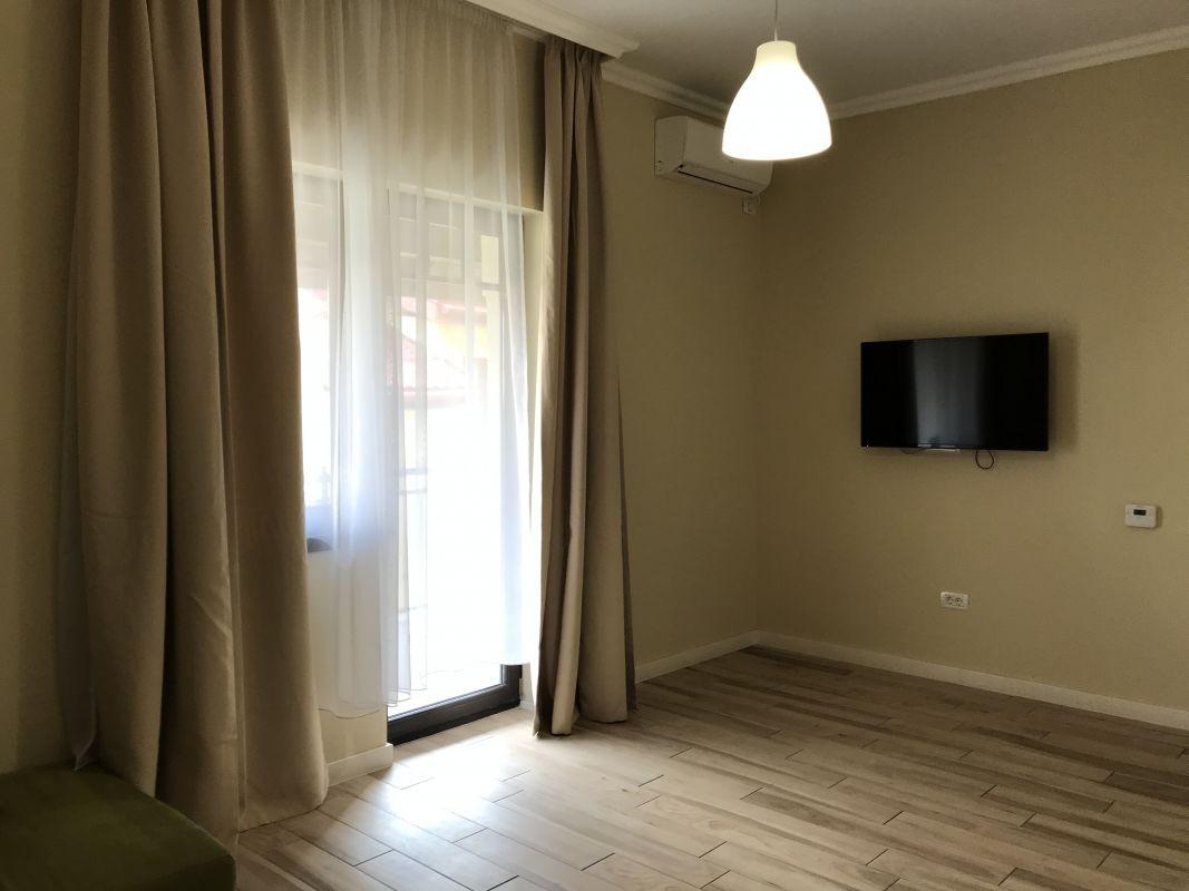 Apartament cu 2 camere, decomandat, de inchiriat, zona Dumbravita 4