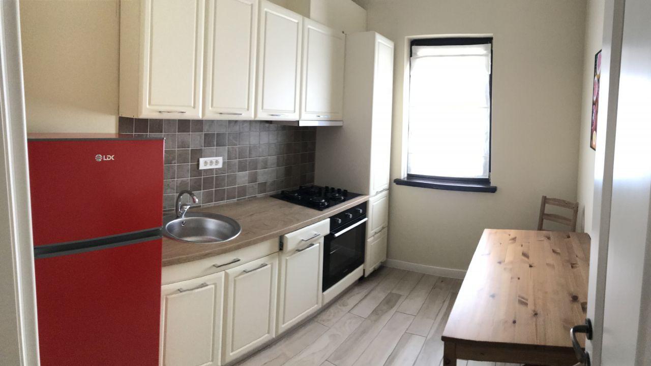 Apartament cu 2 camere, decomandat, de inchiriat, zona Dumbravita 9
