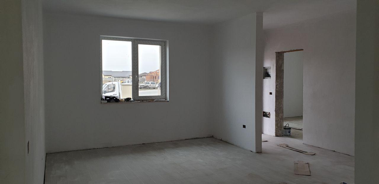 Casa tip duplex 4 camere de vanzare Mosnita Veche 3