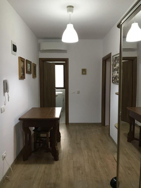 Apartament cu 2 camere decomandat, de vanzare, zona Dumbravita 10