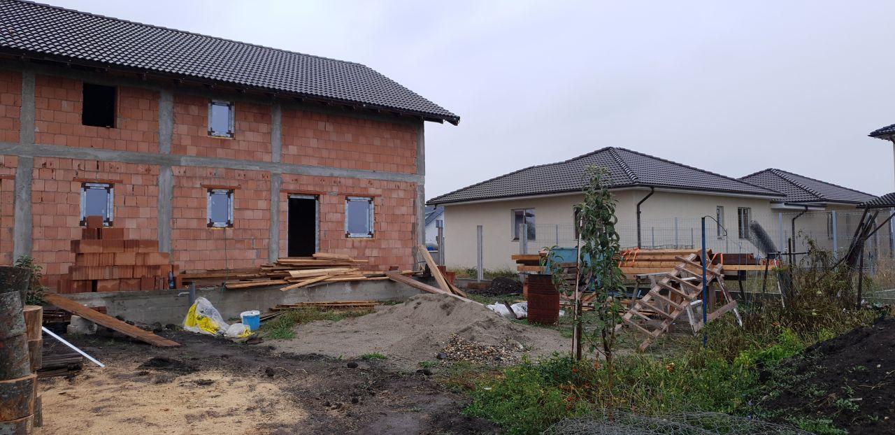 Casa tip duplex 3 camere de vanzare Mosnita Veche 2