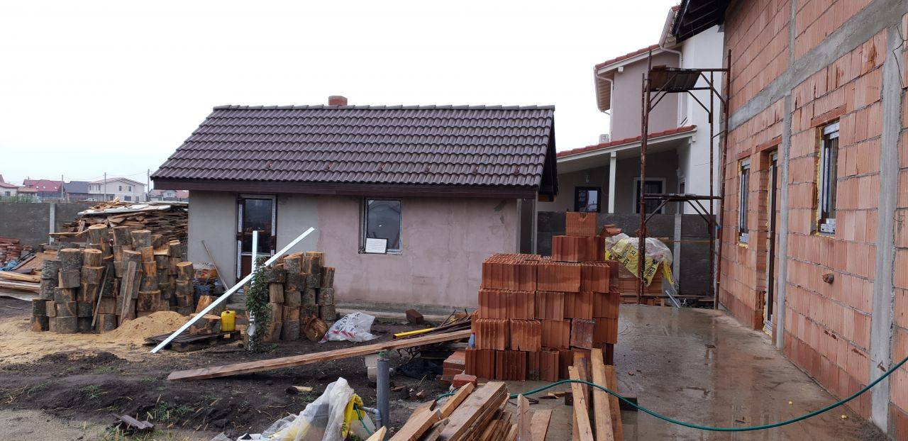 Casa tip duplex 3 camere de vanzare Mosnita Veche 3