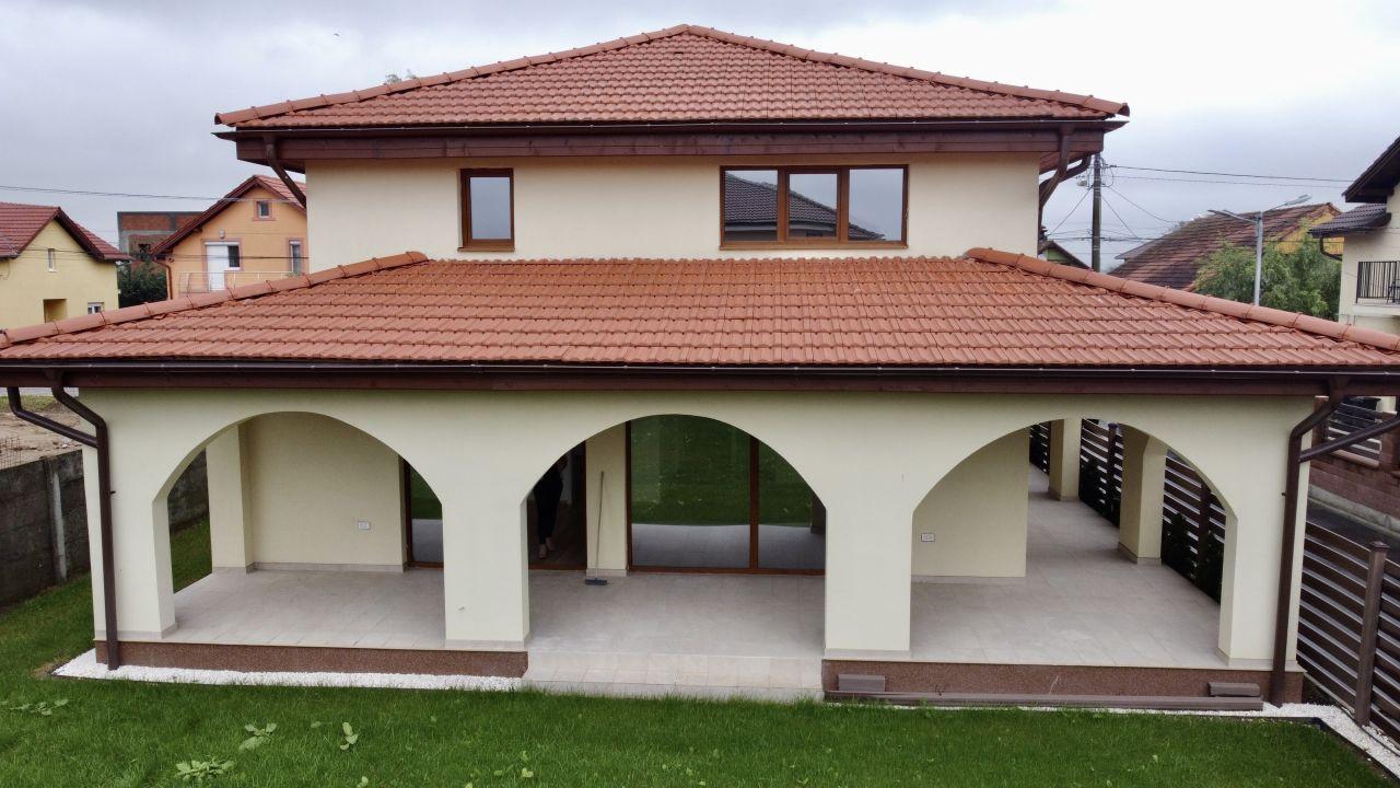 Casa individuala | Arhitectura deosebita | 4 Camere | Giroc 22