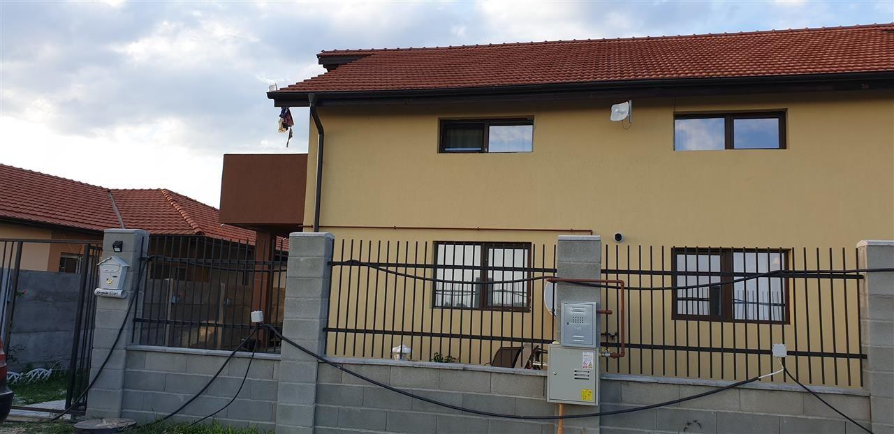 Casa tip duplex de vanzare 4 camere Mosnita Noua - ID V341 12