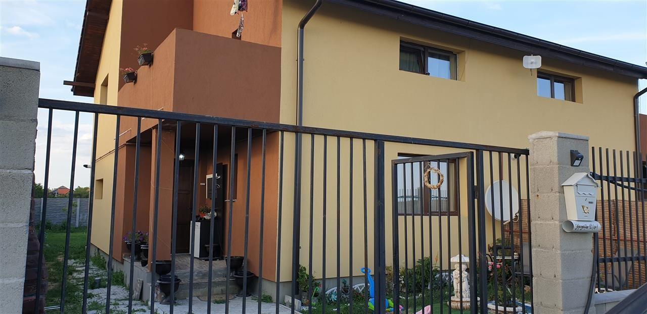 Casa tip duplex de vanzare 4 camere Mosnita Noua - ID V341 13
