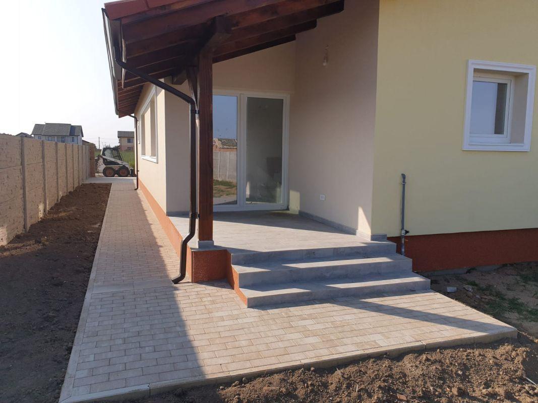 Duplex de vanzare in Mosnita Noua. 13