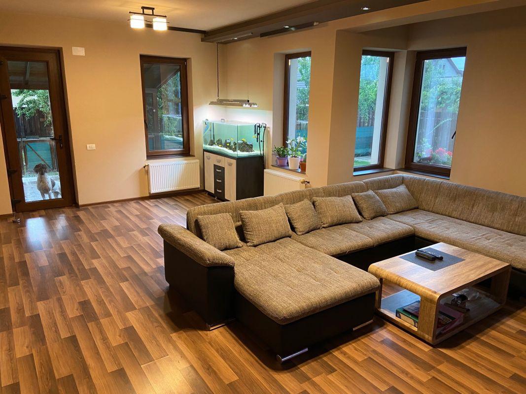 Casa individuala | 6 camere |  Mosnita Noua  2