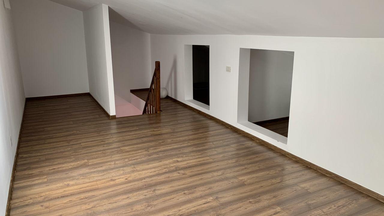 Apartament cu doua camere pe doua nivele | Etaj 2+M |Giroc 2