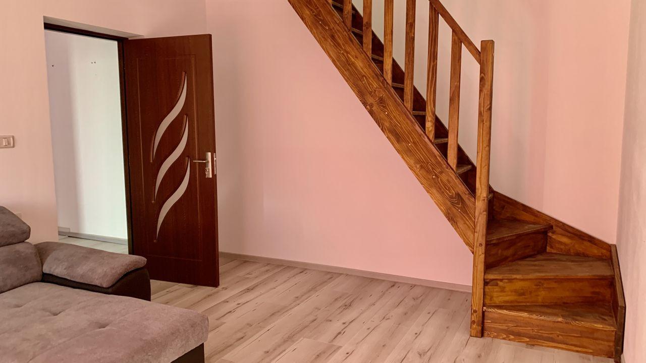 Apartament cu doua camere pe doua nivele | Etaj 2+M |Giroc 3