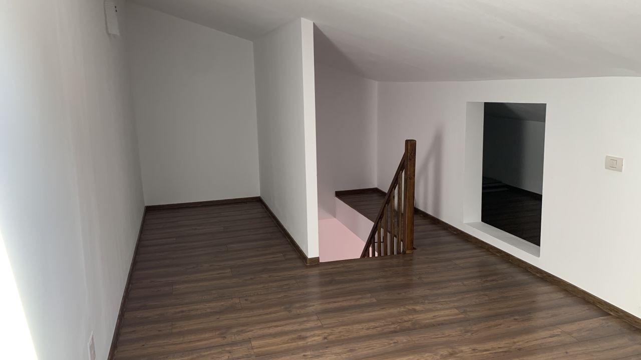 Apartament cu doua camere pe doua nivele | Etaj 2+M |Giroc 7