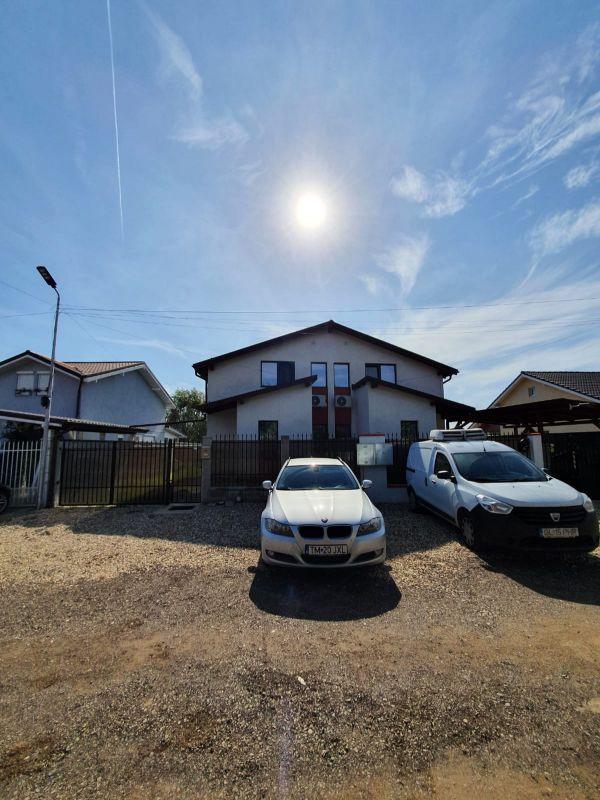 De vanzare duplex in Bucovat (Remetea Mare) - V655 2