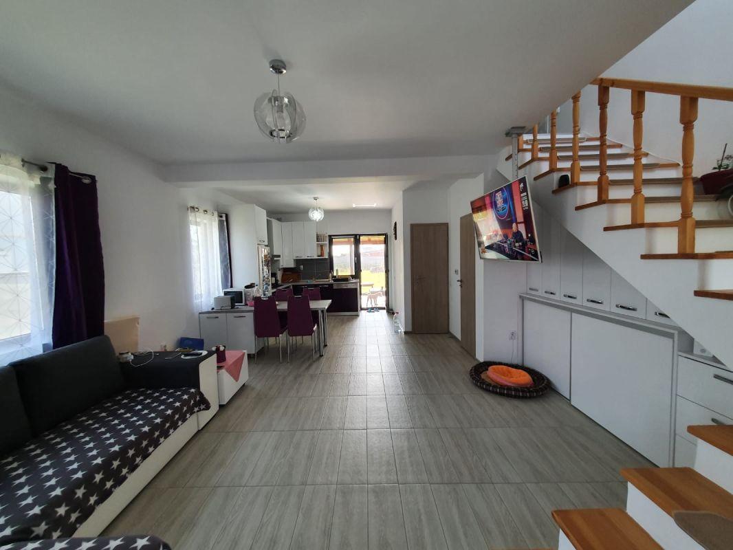 De vanzare duplex in Bucovat (Remetea Mare) - V655 4