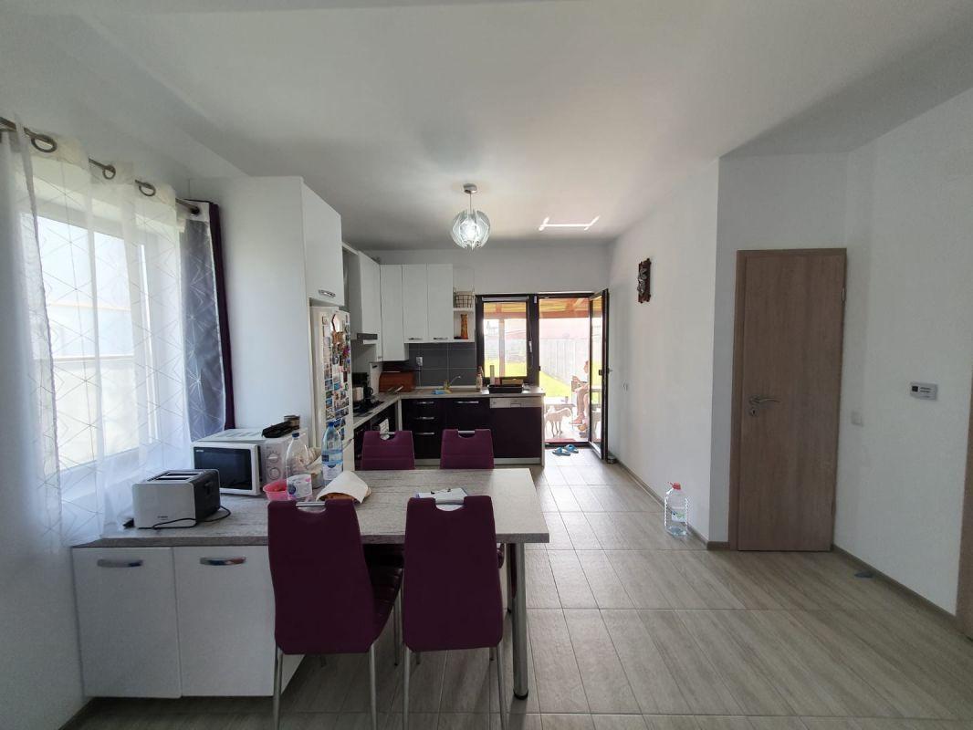 De vanzare duplex in Bucovat (Remetea Mare) - V655 7