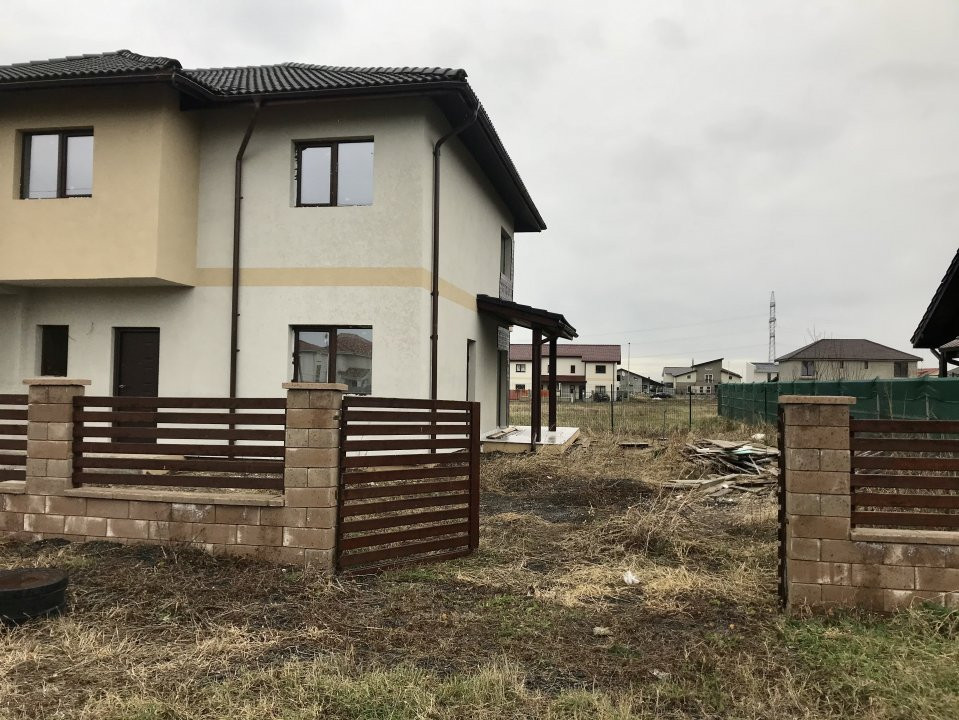 Casa tip duplex cu 4 camere de vanzare, zona Dumbravita  2