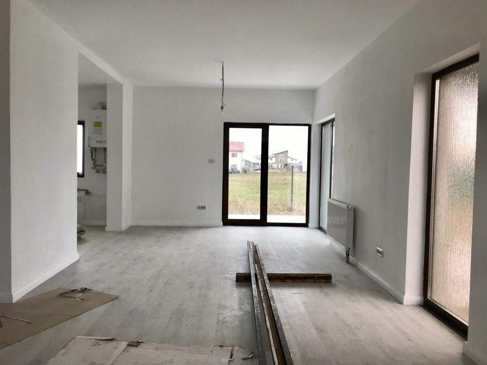 Casa tip duplex cu 4 camere de vanzare, zona Dumbravita  5
