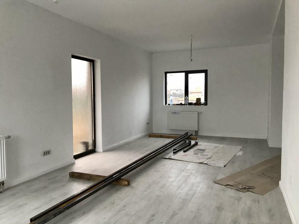 Casa tip duplex cu 4 camere de vanzare, zona Dumbravita  8