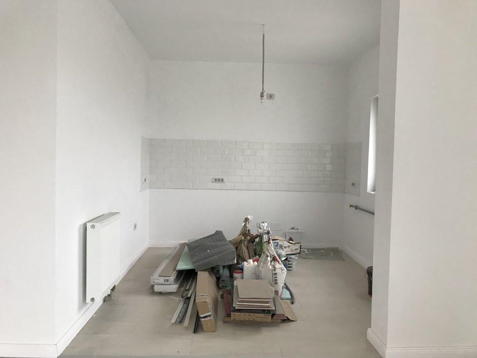 Casa tip duplex cu 4 camere de vanzare, zona Dumbravita  10