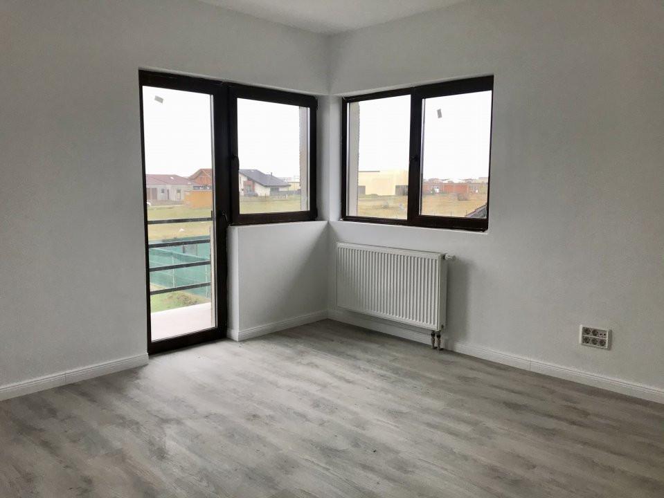 Casa tip duplex cu 4 camere de vanzare, zona Dumbravita  15