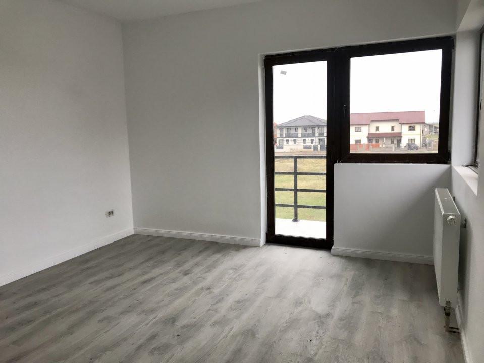 Casa tip duplex cu 4 camere de vanzare, zona Dumbravita  16
