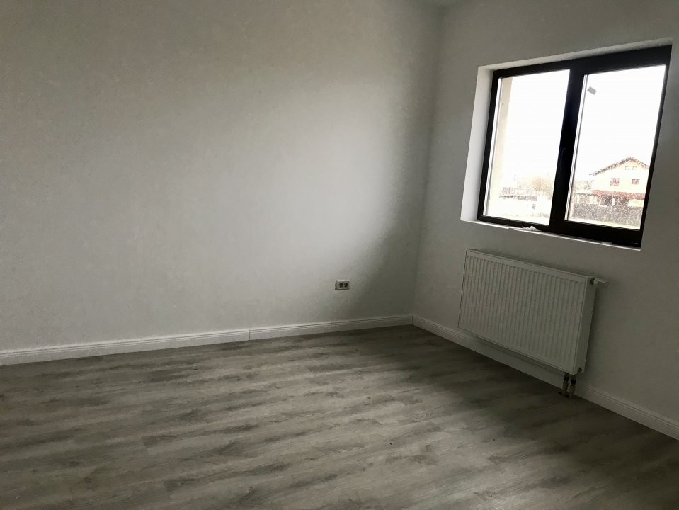Casa tip duplex cu 4 camere de vanzare, zona Dumbravita  18