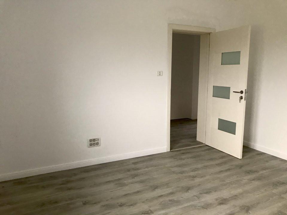 Casa tip duplex cu 4 camere de vanzare, zona Dumbravita  19