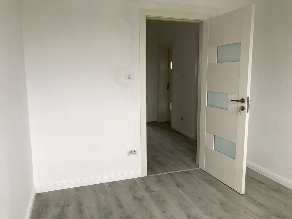 Casa tip duplex cu 4 camere de vanzare, zona Dumbravita  21
