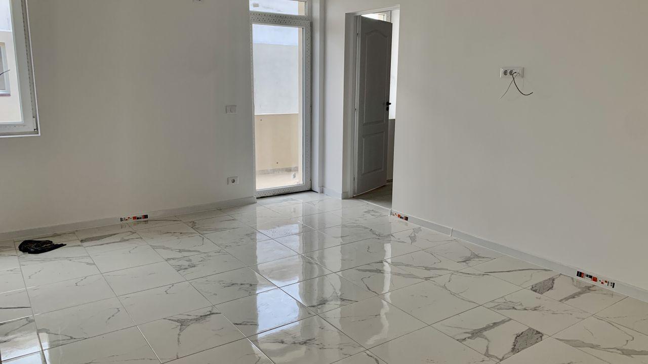 Apartament cu trei camere | Semidecomandat | Giroc 1