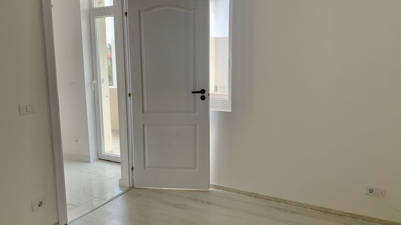 Apartament cu trei camere | Semidecomandat | Giroc 7