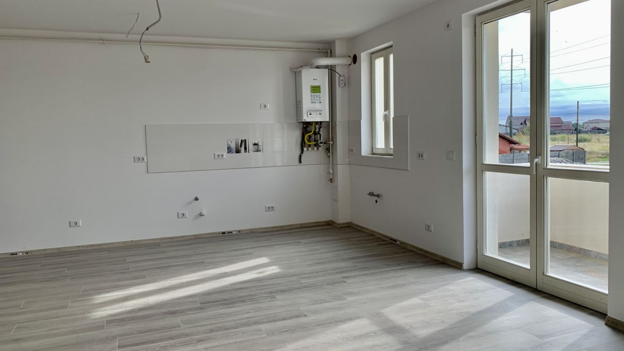Apartament cu doua camere   Semidecomandat   Giroc 2