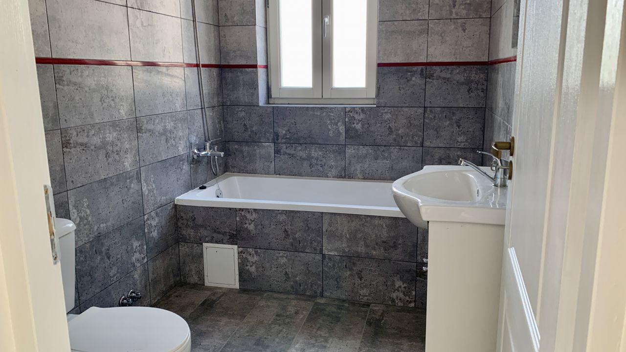 Apartament cu doua camere   Semidecomandat   Giroc 3