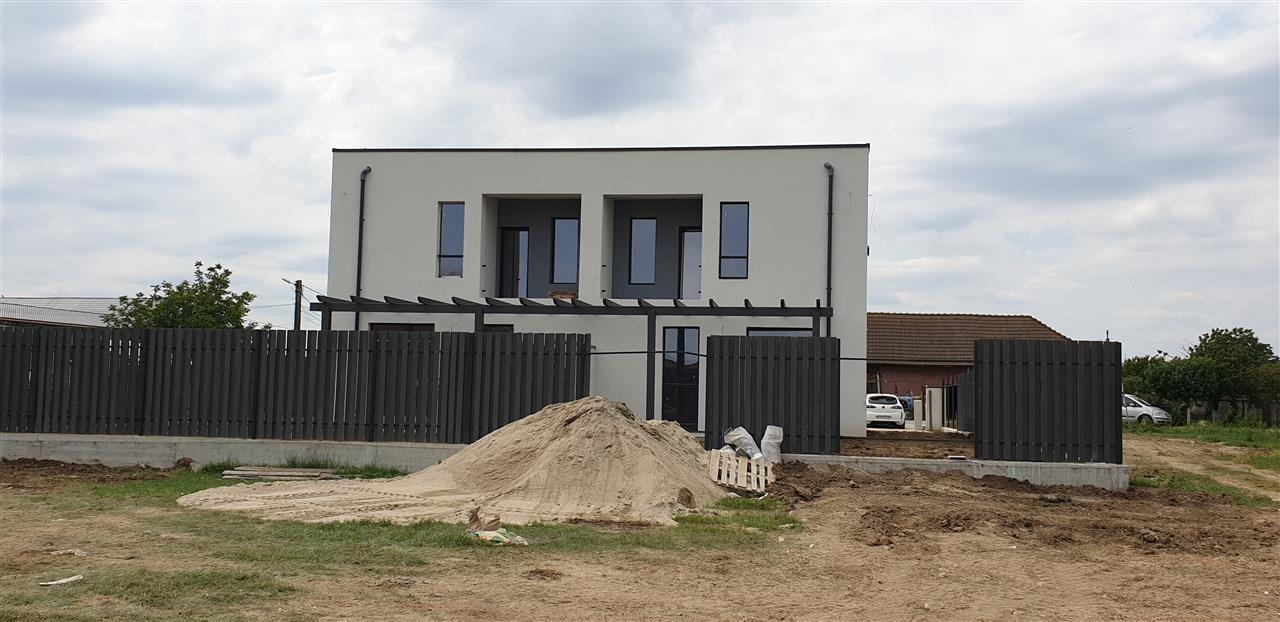 Casa tip duplex de vanzare 4 camere Mosnita Noua - ID V332 3