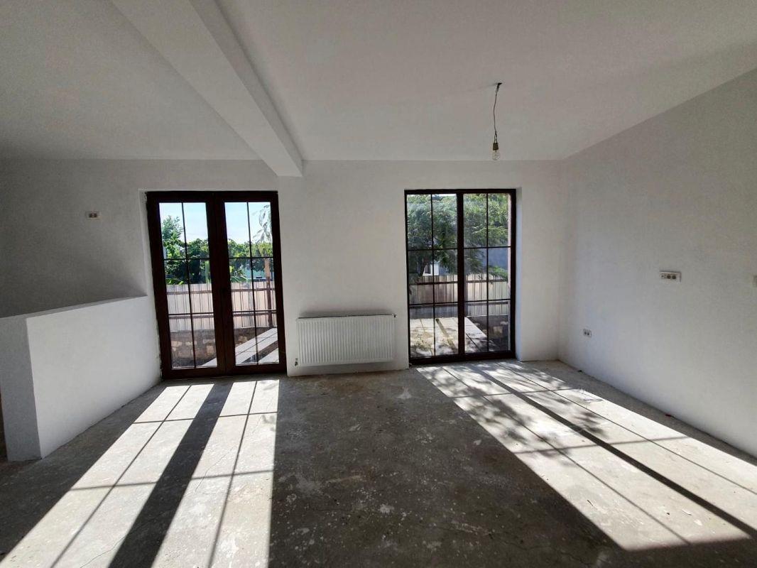 De vanzare duplex in Bucovat (Remetea Mare) - V656 2