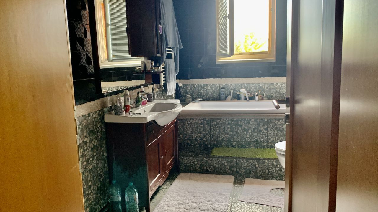 Vila deosebita | 10 Camere | Chisoda 14