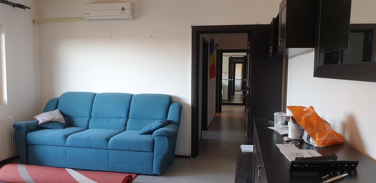 Apartament 3 camere open space zona Dambovita - ID V316 4