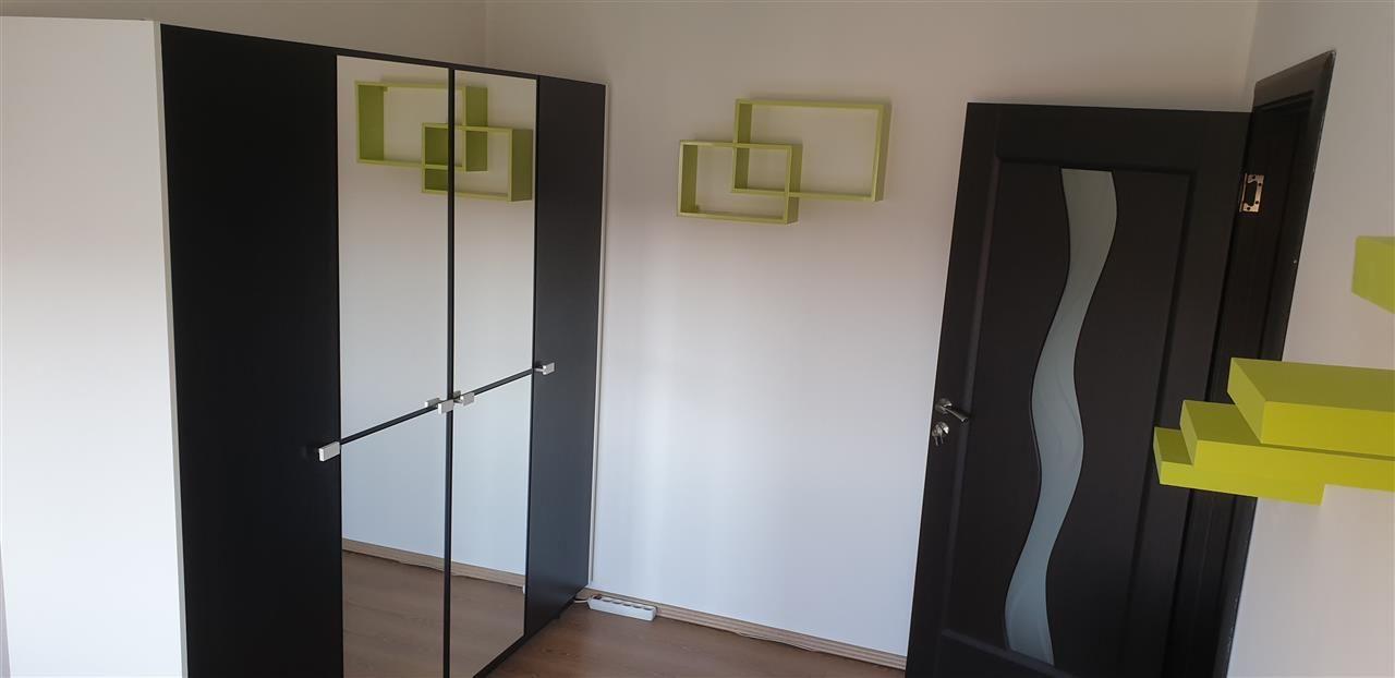 Apartament 3 camere open space zona Dambovita - ID V316 5