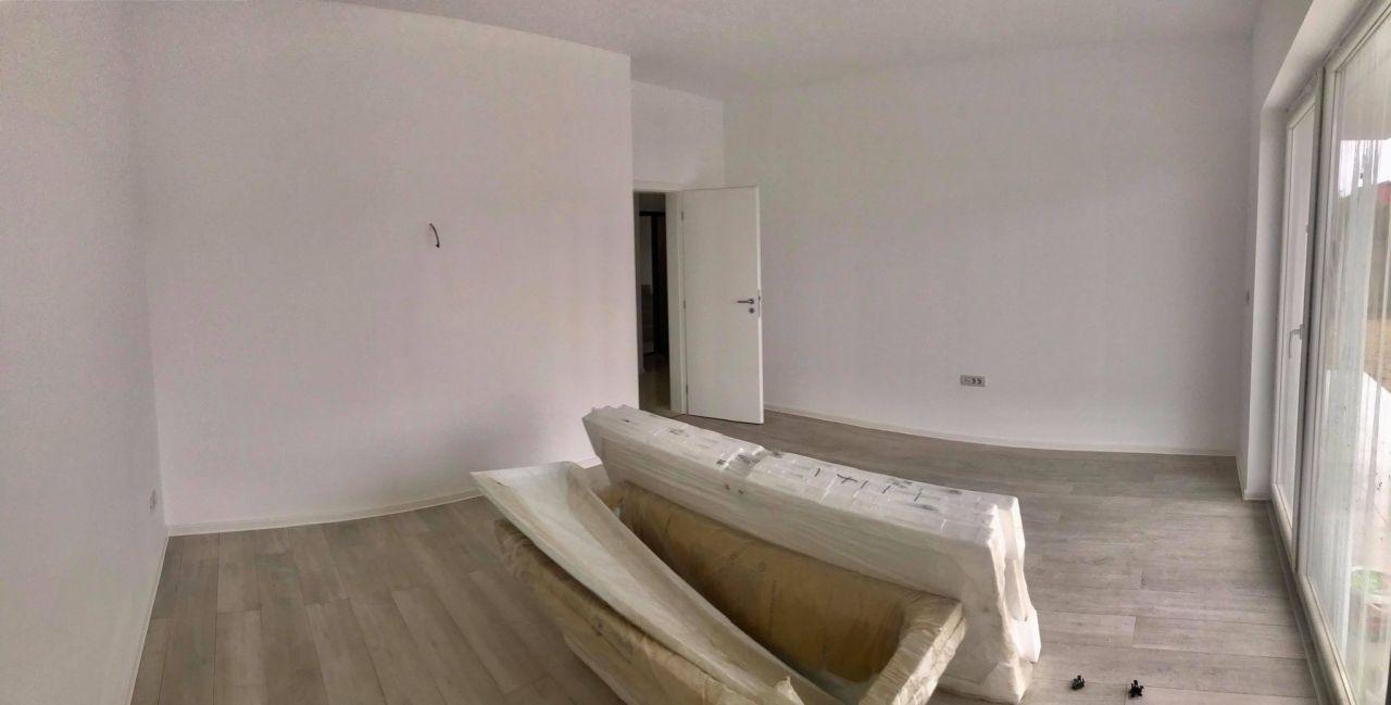 Apartament cu 3 camere decomandat, de vanzare, zona Dumbravita (gradina) 5