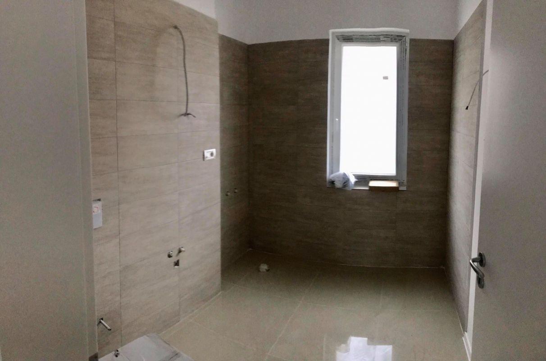 Apartament cu 3 camere decomandat, de vanzare, zona Dumbravita (gradina) 10
