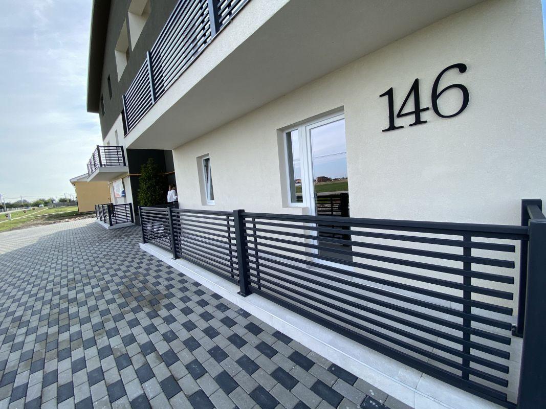 De vanzare apartament cu 3 camere in Sanandrei  - 0% comision - V685 3