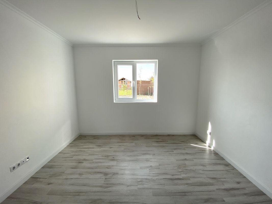 De vanzare apartament cu 3 camere in Sanandrei  - 0% comision - V685 11