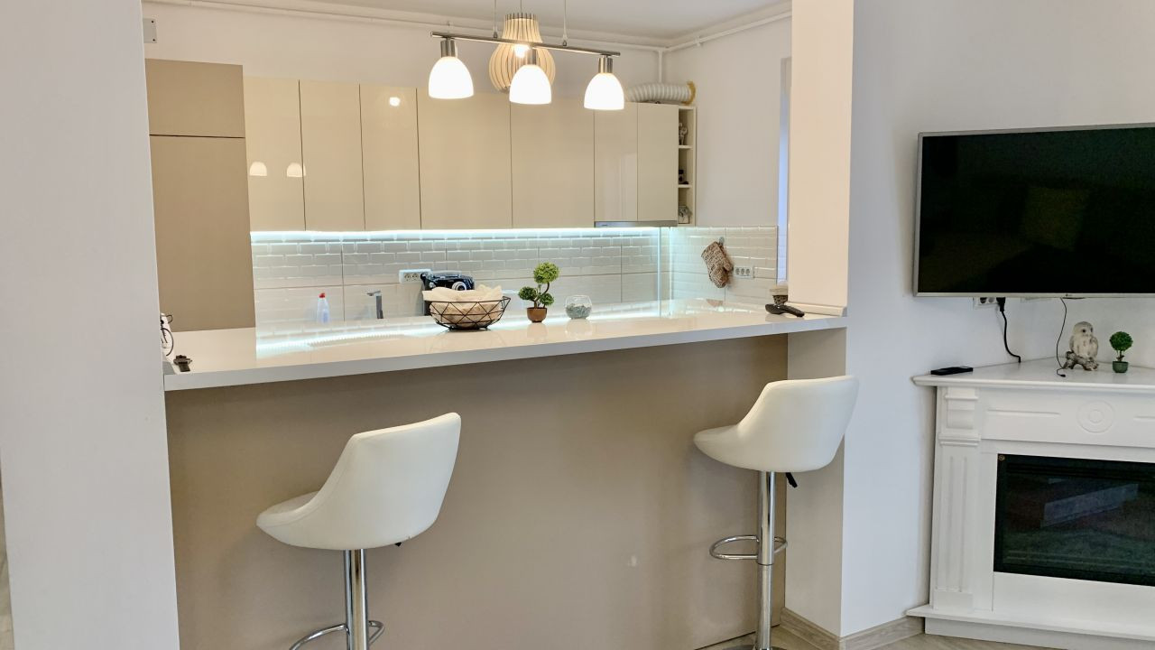 Apartament cu trei camere   Lux   Giroc 1