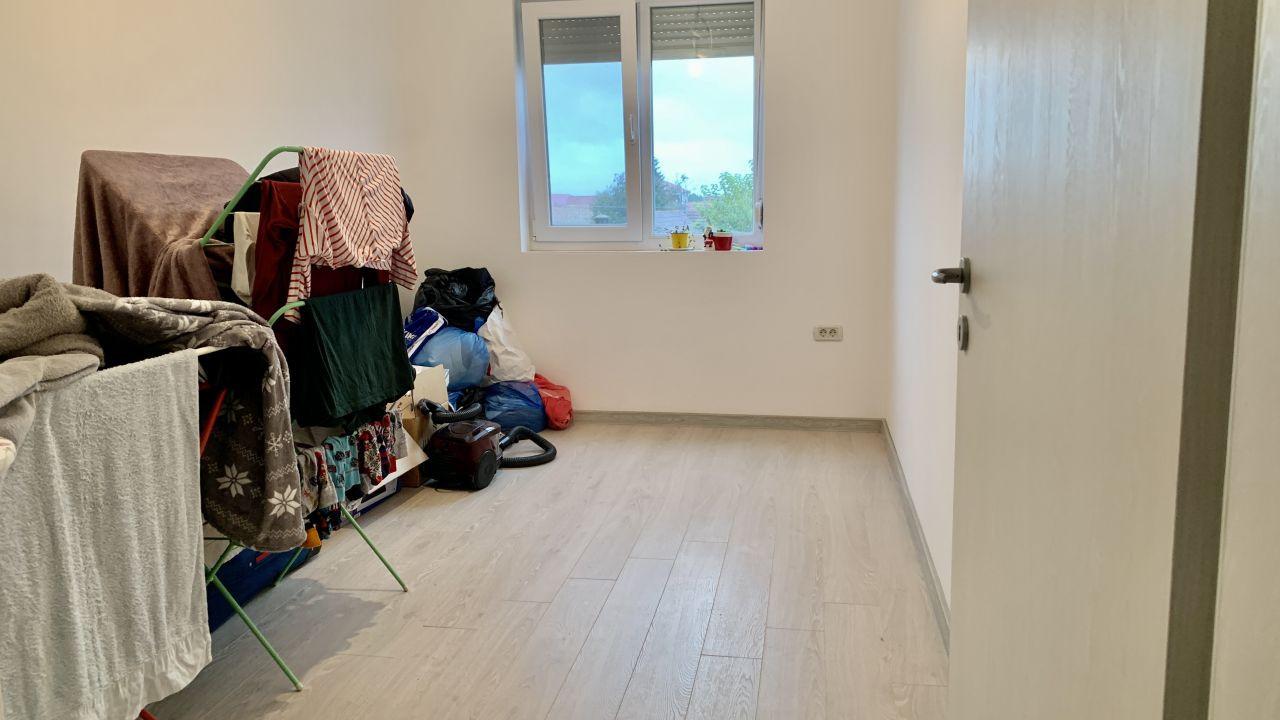 Apartament cu trei camere   Lux   Giroc 12