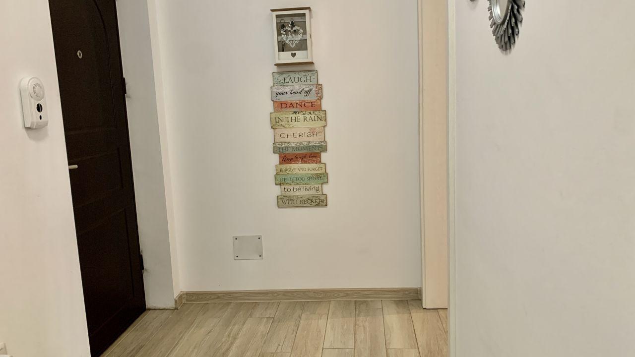 Apartament cu trei camere   Lux   Giroc 13